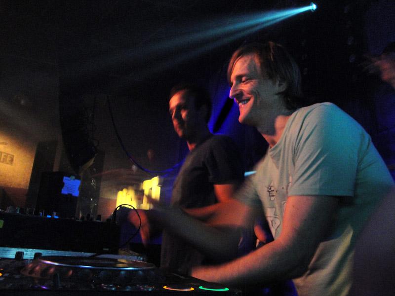 Warren Fellow & Michel de Hey @ Rockit/4 Years Hey Muzik (04.02.11)