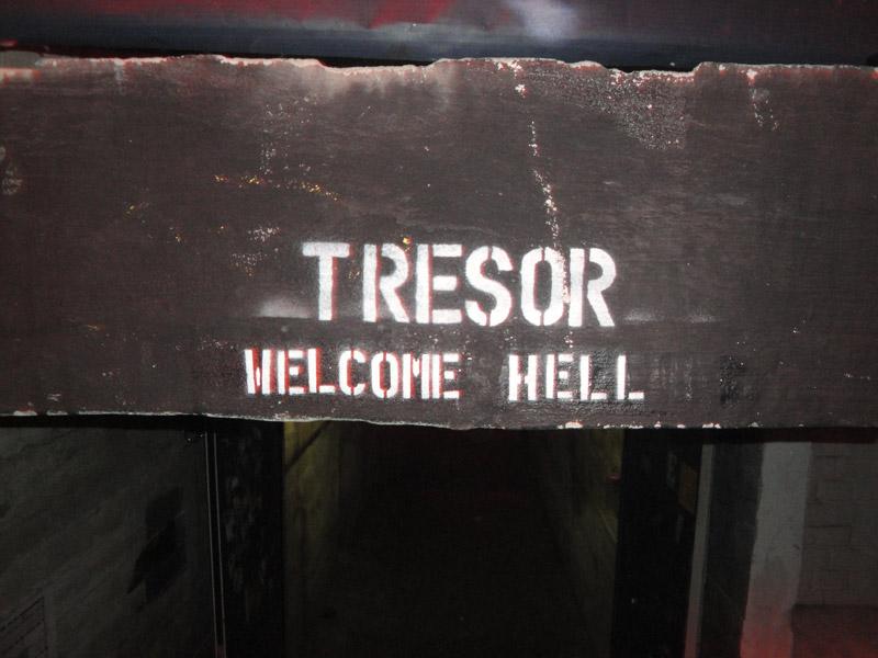 Tresor tunnel entrance